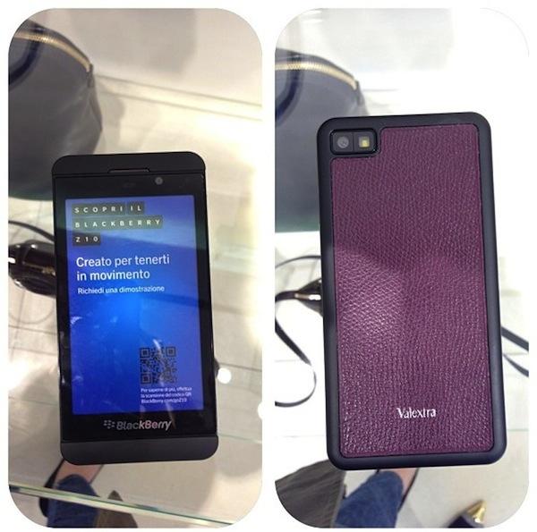 Valextra-calfskin-Blackberry-z10