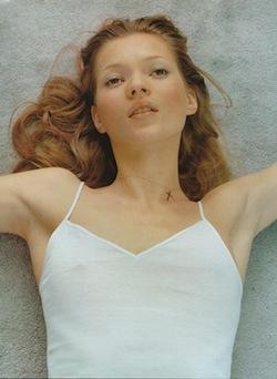 Vogue-Kate-Moss-Corrine-Day-Hanro