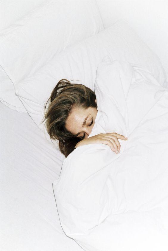 all white bedlinen