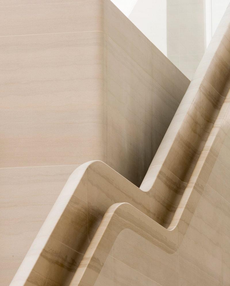 Apple Regent Street stone handrail detail. Photo by Nigel Young