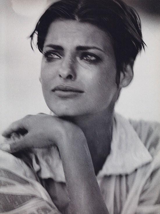 Linda Evangelista by Peter Lindbergh for Vogue Italia December 1989